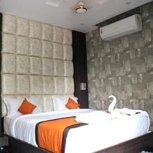 Hotel Vinayak in Labha