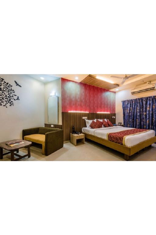 Hotel Vista Panchratna in Navi Mumbai