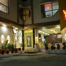 Hotel Volga in Ahmedabad