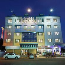 Hotel Vrindavan Deluxe Kolhapur in Kolhapur