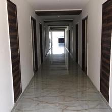 Hotel Vrindavan in Dwarkaganj