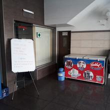 Hotel Way Wait in Bardoli