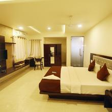 Hotel Westview in Vapi