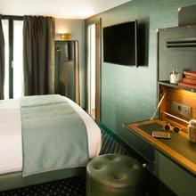 Hotel Whistler in Paris