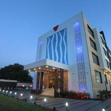 Hotel Wingston in Govardhan