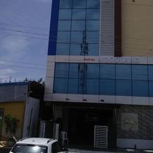 Hotel Woodland in Guntur