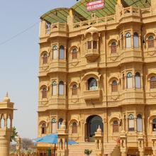 Hotel Yaduraj in Barmer