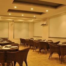 Hotel Yamuna in Mustafabad