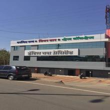 Hotel Yash President in Dhule