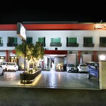 Hotel Yatrik in Chaukhandi