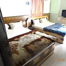 Hotel Yatrik in Jasidih