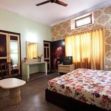 Hotel Yuvraj (kothi-rao) in Alwar