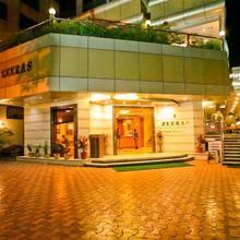 Hotel Zeeras in Varanasi