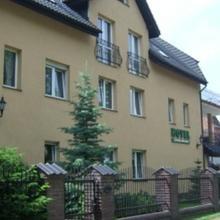 Hotel Zieliniec in Kostrzyn