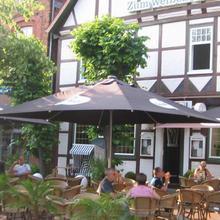 Hotel Zum Weißen Roß in Hittfeld
