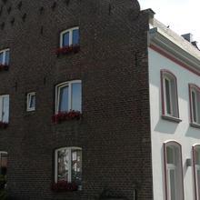 Hotel zur Brücke in Knikkerdorp