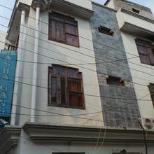 Hotel Asha Ganga in Raiwala