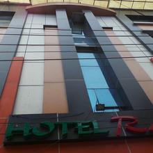 Radiant Hotel in Raiwala