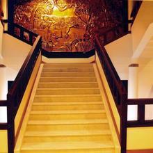 Hotelnalumakkal in Irinjalakuda