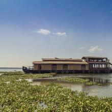 Houseboat With A Rustic Touch In Kottayam, By Guesthouser 32674 in Kottayam