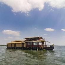 Houseboat With Wi-fi In Kottayam, By Guesthouser 32667 in Ettumanur