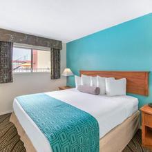 Howard Johnson By Wyndham, Chula Vista/san Diego Hotel & Suites in San Diego
