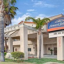 Howard Johnson By Wyndham Torrance in San Pedro