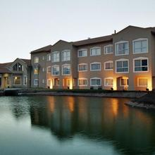 Howard Johnson Casino Resort Spa & Convention Center in Merlo
