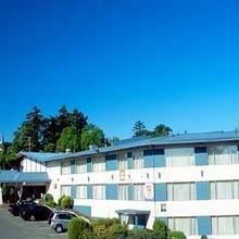 Howard Johnson Harbourside Hotel in Nanaimo