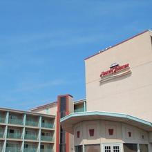 Howard Johnson Oceanfront Hotel in Ocean Pines