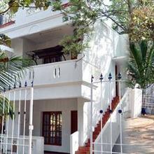 HR Hotel in Tirupattur