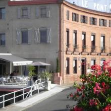 Hôtel Restaurant Le Pont Napoléon in Garganvillar