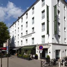 Hôtel Tourisme Avenue in Paris