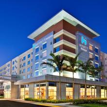 Hyatt House Fort Lauderdale Airport/cruise Port in North Miami Beach