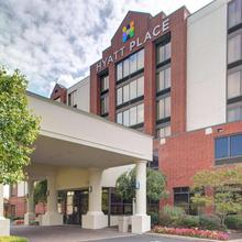 Hyatt Place Pittsburgh Airport in Pittsburgh
