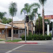 Hyland Motel Van Nuys in Los Angeles