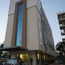 Hyphen Ujjwal Premier Hotel in Jaipur