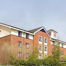 ibis Chesterfield North in Todwick