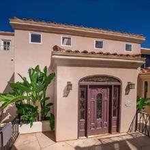 Immaculate Triplex Home Steps To Windansea Beach! in San Diego
