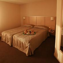 Inter-Hotel Actuel Hotel in Maringes