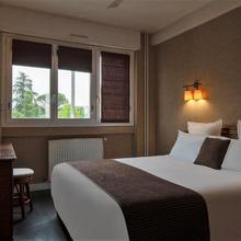 Hotel The Originals Albi Le Cantepau in Lagrave