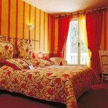INTER-HOTEL Hostellerie des Pins in Saint-pons