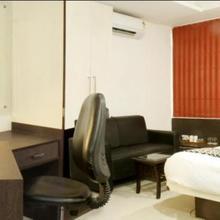 Iris Business Hotel in Danapur
