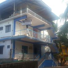 Iroomz Raj Comforts in Subrahmanya