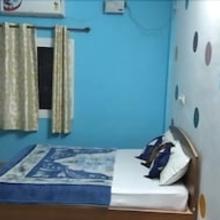 Iroomz Shanthana Residency in Suntikoppa