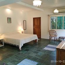 Isai Ambalam Guest House in Pondicherry