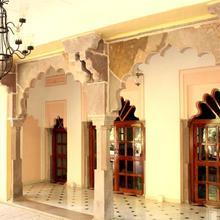 Ishwari Niwas Palace in Bundi