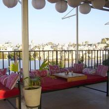 Island Tower Guesthouse And Restaurant in Udaipur