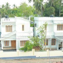 Itha bougain villa in Thanniyam