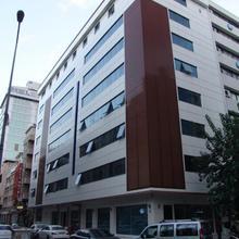 Izan Hotel in Gaziemir